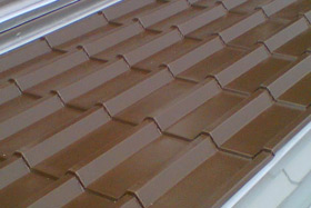 Single skin tiled roofing sheet